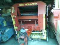 New Holland 865